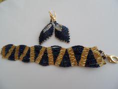 russian leaf earrings and wave bracelet Beading Projects, Leaf Earrings, Wave, Beaded Bracelets, Beads, Jewelry, Beading, Jewlery, Jewerly