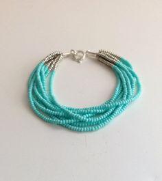Bracelet turquoise, aqua bracelet, bracelet perles, bracelet bleu, bracelet de perle de graine, bracelet en argent, bracelet perles, cadeau de demoiselle d