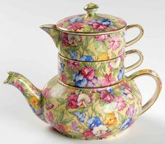 Royal Winton Sweetpea stacking teapot