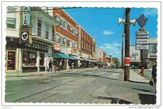 Stamps, coins and banknotes, postcards or any other collectable items are on Delcampe! America And Canada, Quebec, Postcards, Stamps, Street View, Seals, Quebec City, Postage Stamps, Greeting Card