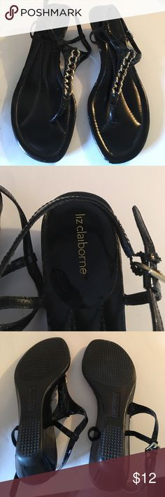 LIZ CLAIBORNE SANDAL Cute sandals in Pre ❤️ good condition , some nicks on the edge of sandal not visible on . Liz Claiborne Shoes Sandals