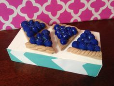 """4 pieces of blueberry pie set miniature play pretend doll food fits american girl  dolls any 18"""" or smaller"""