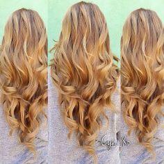 Gorgeous, golden blonde curls.