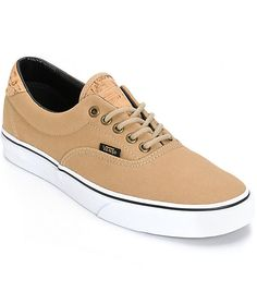 Update your kicks game with a clean incense canvas upper with cork detailing on the tongue and heel plus a flexible vulcanized outsole and classic Vans waffle tread pattern. Skate Shoes, Vans Shoes, Adidas Shoes Outlet, Vans Logo, All About Shoes, Nike Free Shoes, Cheap Shoes, Crazy Shoes, Shoe Collection