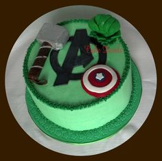 Avengers Cake, I want this. Right now.