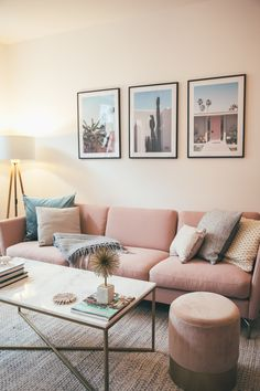Ein Wohnzimmer Update – Josie Loves Source by The post Ein Wohnzimmer Update – Josie Loves appeared Living Room Modern, Living Room Sofa, Living Room Designs, Bolia Sofa, Rosa Couch, Blush Sofa, Josie Loves, Boconcept, Vintage Decor