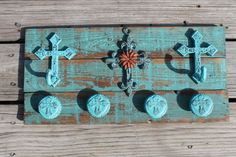 Rustic Decor Reclaimed Pallet Sign Cast Iron by ReadinginRags, $39.98