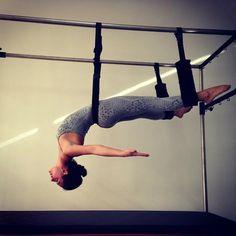 Veja as famosas que praticam pilates para manter a forma, como Isis Valverde