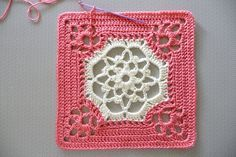 Victorian dream square. Free crochet pattern on ravelry.