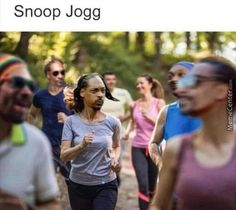 Dummies of the Year - sharing a minimal amount of funny photos so you can focus on what& important The post Snoop Jog appeared on Dummies of the Year. Really Funny Memes, Funny Puns, Love Memes, Stupid Funny Memes, Funny Relatable Memes, Haha Funny, Funny Stuff, Insta Memes, Best Puns