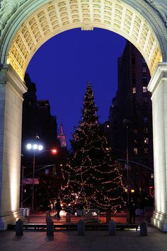 Christmas in Greenwich Village, NYC