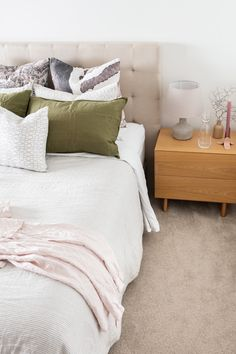 Browse our range of cut pile, loop pile, textured, plush and patterned carpets for your home. We offer pet friendly as well as stain resistant options to stand the test of time. Home Bedroom, Bedroom Decor, Bedroom Ideas, Bedroom Loft, Master Bedrooms, Minimal Bedroom, Decor Scandinavian, New Room, Decoration