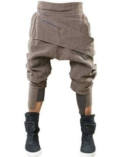 Demobaza Baggy Asymmetric Linen Trousers - Lyst alles für Ihren Erfolg - www. Dystopian Fashion, Cyberpunk Fashion, Dark Fashion, Street Fashion, Post Apocalyptic Fashion, Style Masculin, Inspiration Mode, Linen Trousers, Future Fashion