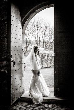 Craigmillar Castle Wedding Photography   Vanishing Moments Photography
