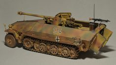 Sd.Kfz. 251/22 Ausf. D von Anton Hofer (1:35 Dragon)