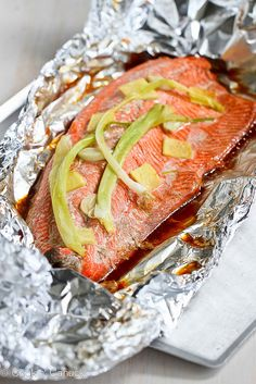 Grilled Salmon in Foil Ginger. Easy Grilled Salmon in Foil with Ginger & Soy Sauce Salmon In Foil Recipes, Fish Recipes, Seafood Recipes, Dinner Recipes, Salmon Foil, Sauce Recipes, Recipies, Fish Dishes, Seafood Dishes