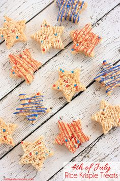 These star shaped 4th of July Rice Krispie Treats are a fun treat for both kids and adults. These are easy to make and perfect for a picnic or 4th of July Celebration.