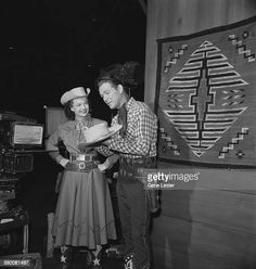 Portrait of married American entertainers Dale Evans and Roy Rogers... News Photo - Getty Images Dale Evans, Roy Rogers, Happy Trails, Television Program, Still Image, Wild West, Comic Books, Hollywood, Entertaining