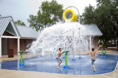 Move over swimming pools. Make room for splash pads, the latest water craze to pop up in parks and public spaces in the Tampa Bay region. Cities and parents are gravitating toward new water parks as more cost efficient, lots of fun and safer for kids.