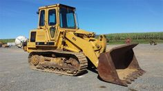 1989 Cat Caterpillar 953 Crawler Track Loader for sale at www.quesalesinc.com for $24,000.00