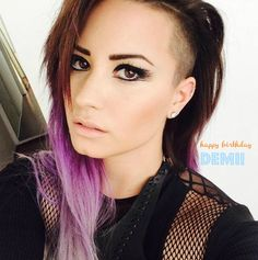 Demi Lovato Turns 22 Years Old Today! - http://oceanup.com/2014/08/19/demi-lovato-turns-22-years-old-today/