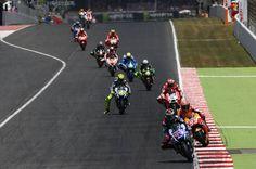 Imágenes de la carrera de MotoGP en el Gran Premio de Catalunya | Motociclismo.es