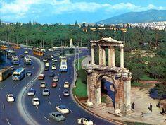 40 Φωτογραφίες από μια Ελλάδα του χτες με πολύ περισσότερο χρώμα από σήμερα!!! Unique Quotes, Athens Greece, Best Memories, Old Photos, Big Ben, Greek, History, Country, Architecture