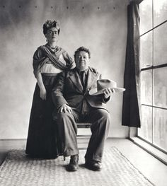 Frida Kahlo and Diego Rivera with Hat, c. 1939. Photo by Nickolas Muray.
