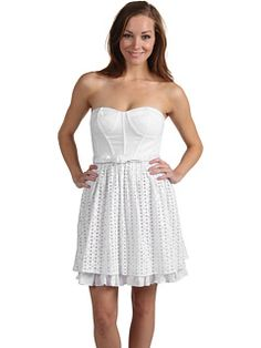 Chiles Stanton's white dress in Country Strong.