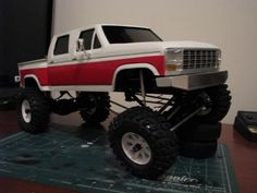 Ol' F150 4 door Drop Bed BlackFoot. 1.55 Stompers - Page 6 - Scale 4x4 R/C Forums