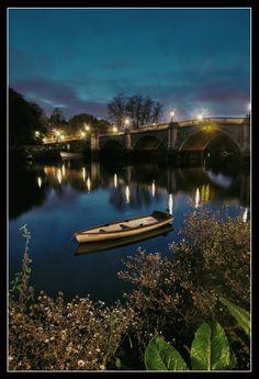 Such good memories here t :) Richmond bridge, Greater London Richmond Bridge, Richmond Surrey, Richmond London, London Boroughs, History Of England, Greater London, London Life, London Photos, Pretty Pictures
