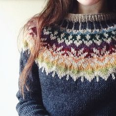 Free knitting parrern for Afmæli - anniversary sweater pattern by Védís Jónsdóttir. It looks quite different depending on your colour choices - look at the photos on Ravelry to see what I mean. Fair Isle Knitting Patterns, Fair Isle Pattern, Sweater Knitting Patterns, Knit Patterns, Free Knitting, Knitting Sweaters, Ravelry Free Patterns, Punto Fair Isle, Tejido Fair Isle