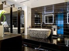 How to reinvent your Modern Bathroom - When it comes to bathrooms design, you can always buy a lot of accessories that help give your bathroom a more elegant and chic look. These are very common accessories and without them your bathroom is simply useless. The first thing to think about is the bathroom vanity. if yours is getting... - Bathroom Modern, Modern Bathroom - How to, modern bathroom