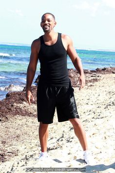 Will Smith  spends time on the beach while on holiday in Ibiza http://icelebz.com/events/will_smith_spends_time_on_the_beach_while_on_holiday_in_ibiza/photo1.html