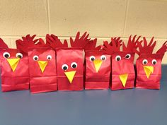 """Little Red Hen"" bags with homemade bread inside to take home Preschool Farm, Preschool Boards, Preschool Arts And Crafts, Farm Crafts, Preschool Activities, Crafts For Kids, Farm Unit, Little Red Hen, Farm Theme"