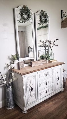 Country Furniture And Design French Country Furniture, Western Furniture, Farmhouse Furniture, Farmhouse Dressers, Recycled Furniture, Cheap Furniture, Furniture Design, Furniture Market, Furniture Online