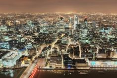 London, 2010 Photo by Mike Deere -- National Geographic Your Shot