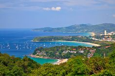 Karon Viewpoint (which used to be Kata viewpoint) is one of the most frequented viewpoints in Phuket. From here, it is possible to take in views of Kata Noi, Kata Yai and Karon beaches. Located between Nai Harn and Kata Noi beaches, the viewpoint is busy most