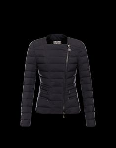 MONCLER BLANCMoncler Jacket Women | Online the New Moncler Collection. Discover the Autumn-Winter Trends ! Free delivery & Free £1,395.00  £359.00 Save: 74% off359 reward points - See more at: http://www.xmasmoncleroutlet.co.uk/moncler-jacket-women.htmlMONCLER BLANC