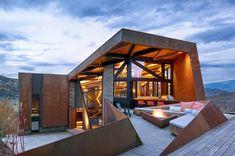 Dwell - An Angular Mountain Retreat in Colorado Captures Breathtaking Views