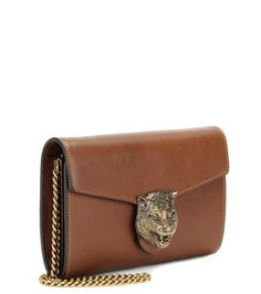 Cognac leather shoulder bag