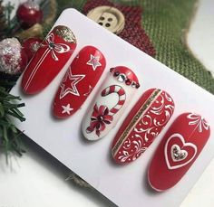 Christmas nail art idea Related posts: The cutest and festive Christmas nail designs to celebrate Christmas hairstyles for younger girls The cutest and festive Christmas … Nail Art Noel, Xmas Nail Art, Cute Christmas Nails, Holiday Nail Art, Christmas Nail Art Designs, Xmas Nails, Winter Nail Art, Winter Nail Designs, Winter Nails