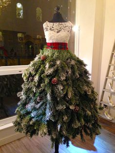 Creative Cristmas Trees 02 - Dress