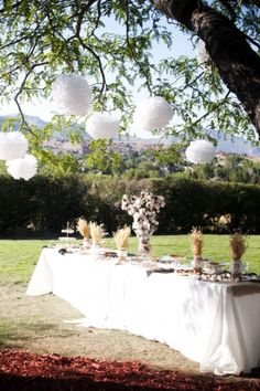 ♥ the lanterns and the placement of the table looks just like grandpa's ranch ♥