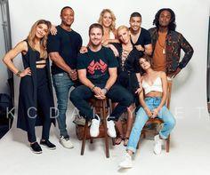 #Arrow cast pose for a portrait at #SDCC2017