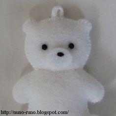 DIY Felt Polar Bear Cub - FREE Pattern and Tutorial