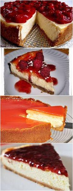 CHEESECAKE AMERICANO, COM MORANGO É MUITO MARAVILHOSO!!! VEJA AQUI>>>No liquidificador ou em um triturador de alimentos, triture o biscoito até ficar bem fino. #receita#bolo#torta#doce#sobremesa#aniversario#pudim#mousse#pave#Cheesecake#chocolate#confeitaria