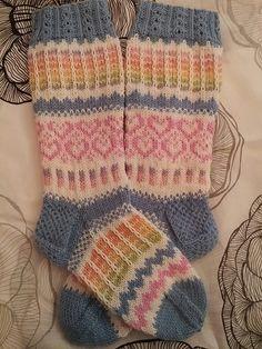 Knit Socks, Knitting Socks, Designer Socks, Fingerless Gloves, Arm Warmers, Needlework, Free Pattern, Slippers, Stitch