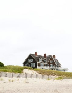 The Hamptons. I once remember having a bonfire close to a house like this. I don't think it was this house though. Coastal Homes, Coastal Living, Coastal Style, Beach Homes, Future House, My House, Ideas Terraza, Dream Beach Houses, Nantucket