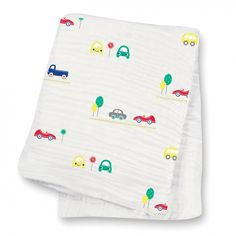 13 beautiful muslin blankets you need with you at all times | BabyCenter Blog